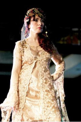 soraya_pageant_fashion.jpg