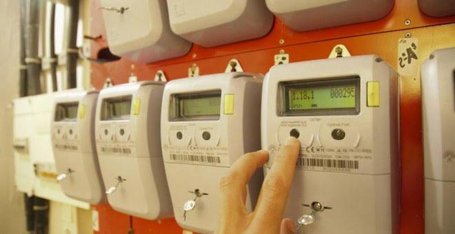Los nuevos contadores inteligentes, que permiten medir el consumo eléctrico por horas. EFE