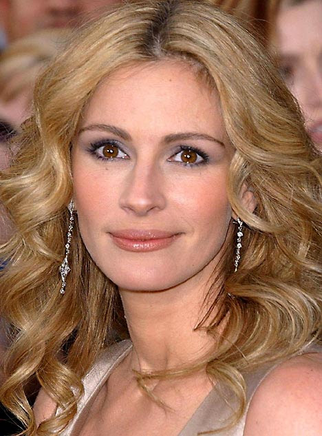 julia roberts hair up. To see Julia today click here