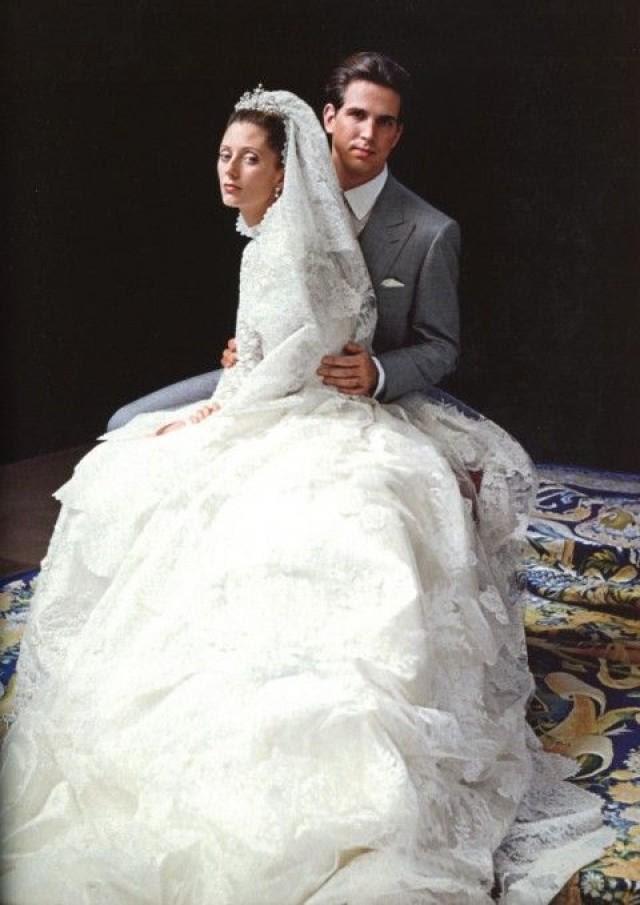 Risultati immagini per abiti da sposa valentino