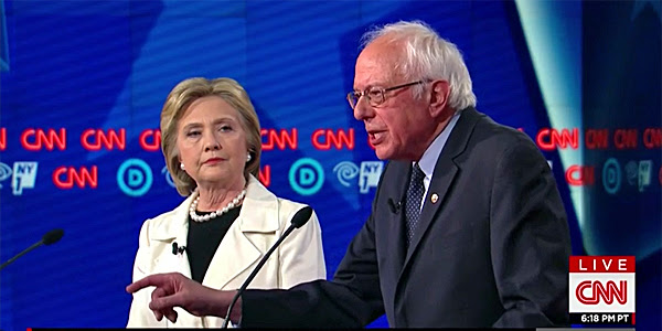 Democratic Party candidates Hillary Clinton and Bernie Sanders at the April 14 debate in Brooklyn, New York (Photo: CNN screenshot)