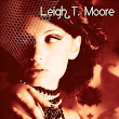 Review | Rouge (Cheveux Roux, #1) by Leigh T. MooreReview | Rouge (Cheveux Roux, #1) by Leigh T. Moore