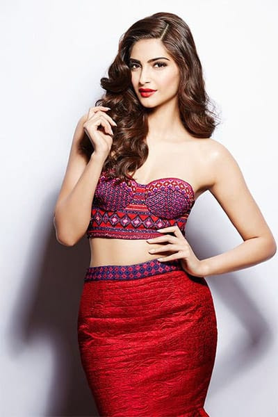 #145 Fashionable Indian Icon Sonam Kapoor