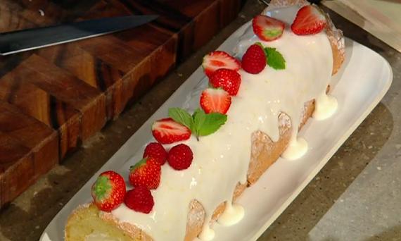 James Martin lemon sponge Swiss roll with passionfruit cream recipe on Saturday Kitchen - The ...