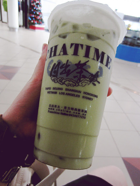 Matcha Milk Tea + Red Bean