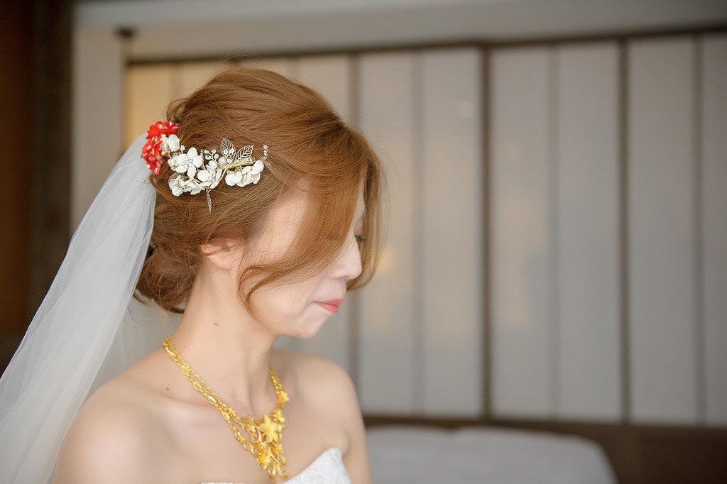 082捧花交給新娘