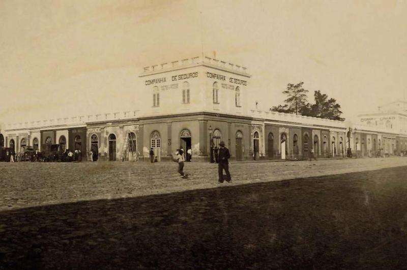 Uma das primeiras imagens do mercado, inaugurado em 1869  :imagem 1