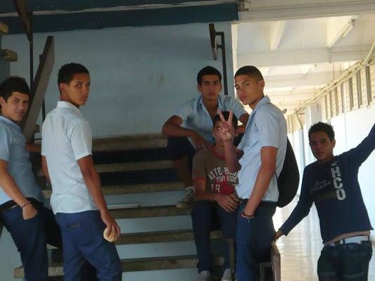 Jóvenes de una escuela de La Habana (foto del autor)