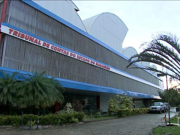 Médico Thiago Maranhão prestou depoimento no TCE em São Luís (Foto: Reprodução/TV Mirante)