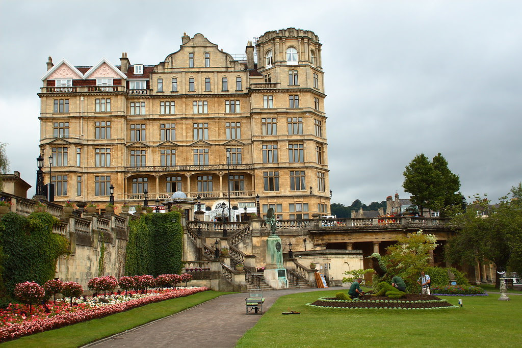 Empire Hotel from Parade Gardens