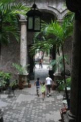2008-07-21 01 Habana, el patio del Instituto c...
