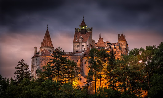 Halloween Travel Idea – Spend the Night in Dracula's Castle - Tourist Meets Traveler