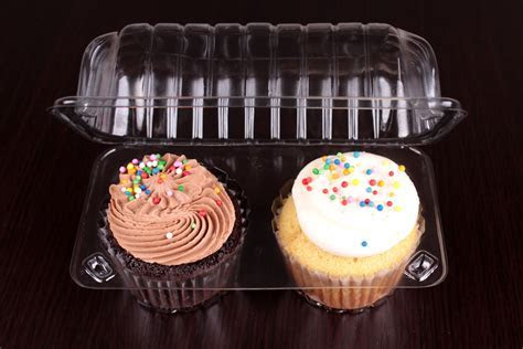 Using Bakery Packaging to Transport Baked Goods   All Cake