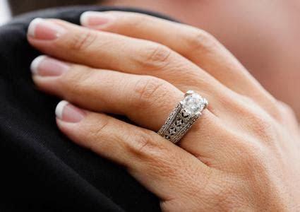 Best Engagement Rings for Chubby Fingers   LoveToKnow