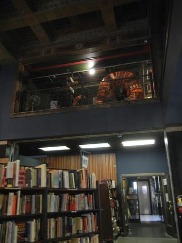 DSCN8900 _ The Last Bookstore, Old Bank District, LA