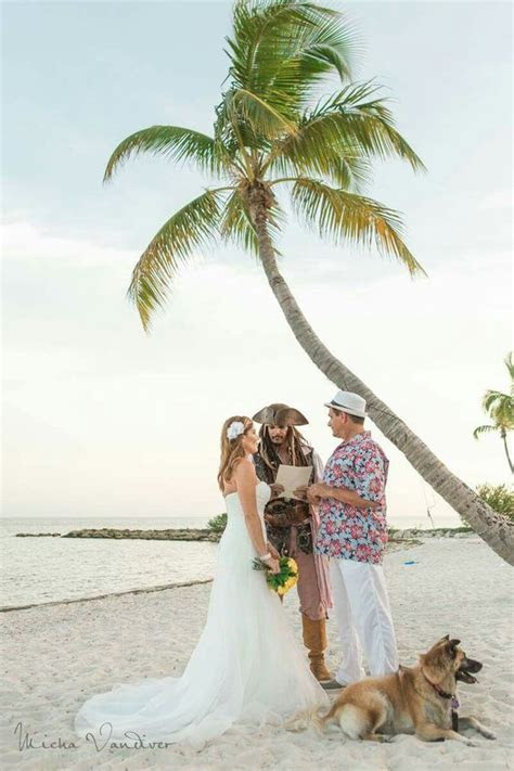 Wedding Elopement Packages for the Florida Keys. From Key