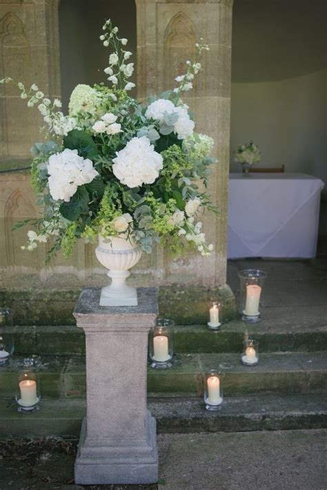 25  best ideas about Wedding ceremony flowers on Pinterest