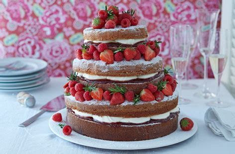 Naked Victoria Sponge Cake   Cake Ideas   Tesco Real Food
