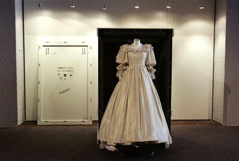 Story behind Princess Diana's wedding dress revealed