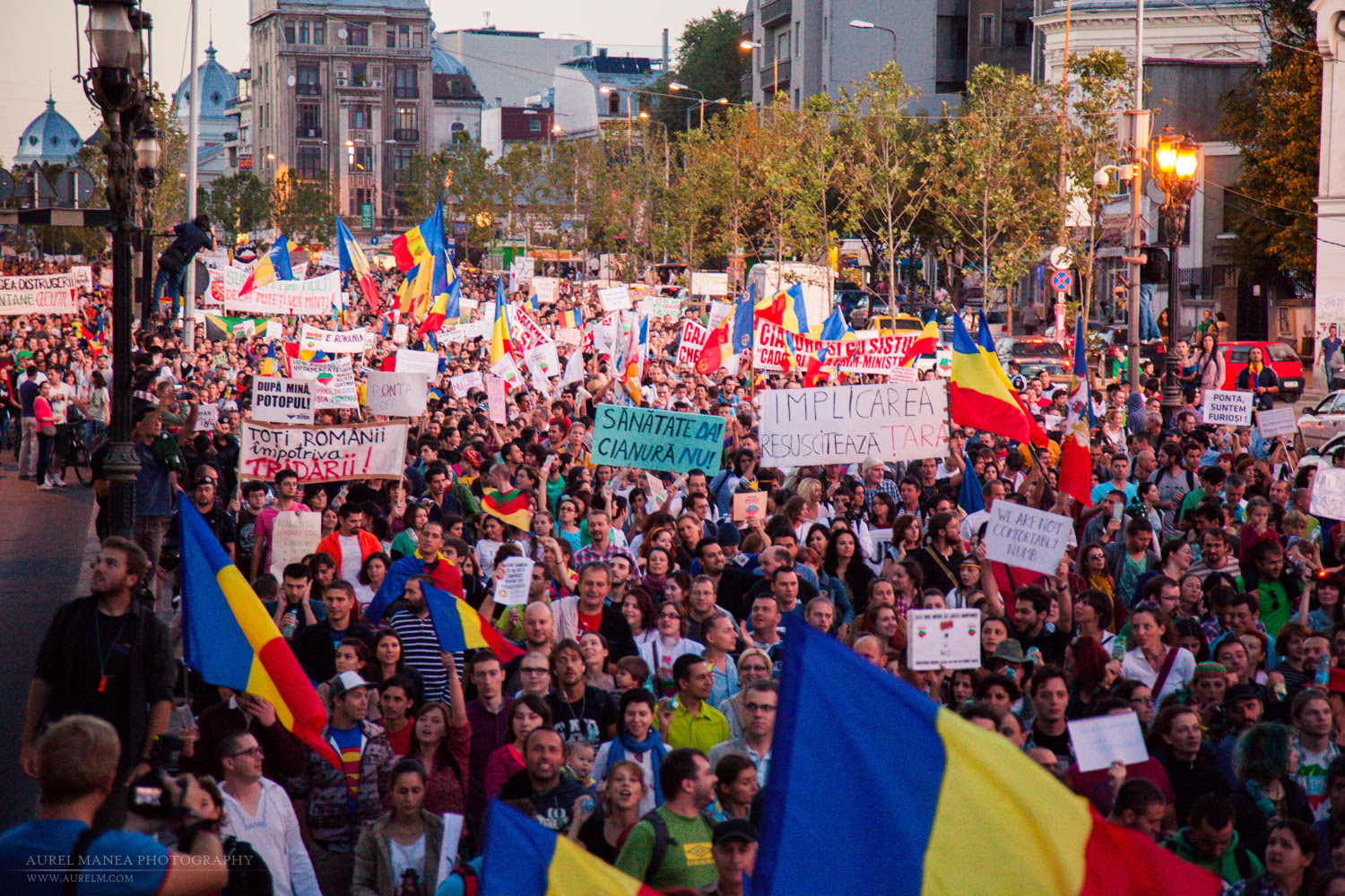 Image result for proteste in romania imagini