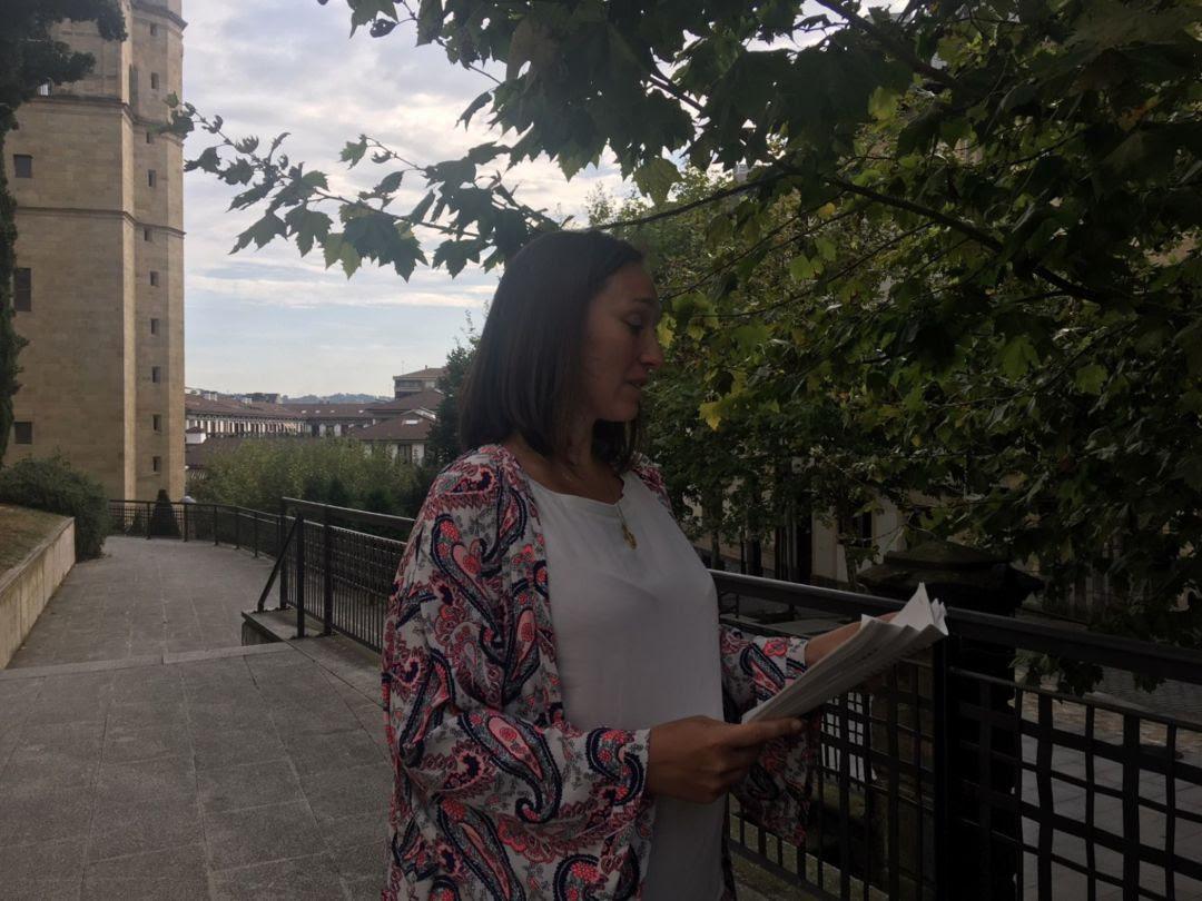 La presidenta de la Comisión, Muriel Larrea, entrega las conclusiones