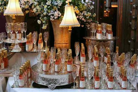 personalized wedding favors sparkling cider wine champagne