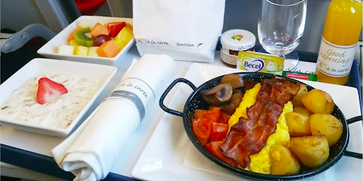 The 5 best airline meals, according to a man who travels the world reviewing them
