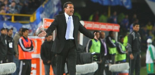 Luxemburgo acertou a prorrogação do contrato com o Grêmio por mais dois anos