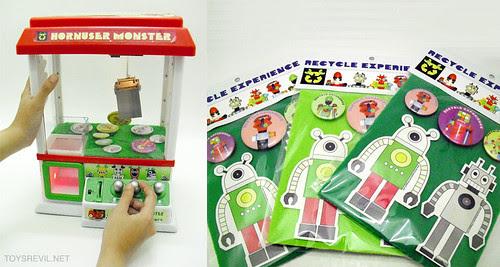 RE-EXP-grab-machine-sticker