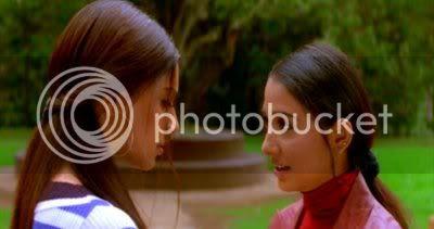 http://i298.photobucket.com/albums/mm253/blogspot_images/Raaz/PDVD_053.jpg
