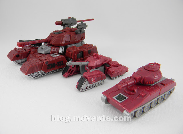 Transformers Warpath Generations Deluxe - modo alterno vs Legends vs G1