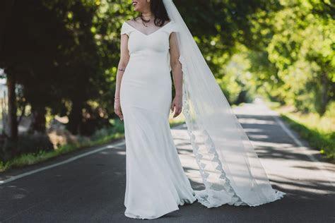 Theia Daria Second Hand Wedding Dress on Sale 52% Off