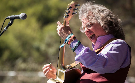 Business Tips from Real Rockstar Entrepreneur Roger McNamee | SnapMunk