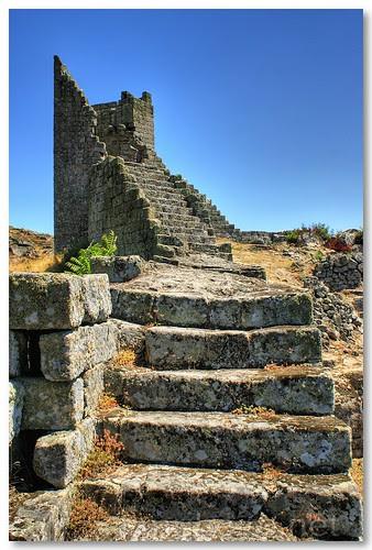 Torre de Marialva by VRfoto