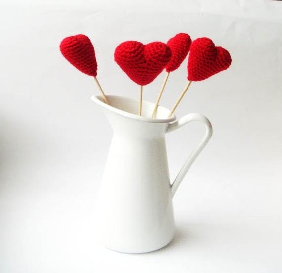 как связать крючком валентинку (1) (570x552, 74Kb)