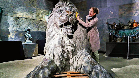 Camden Lock 'Landseer' lions go on the market | News | The Times & The Sunday Times