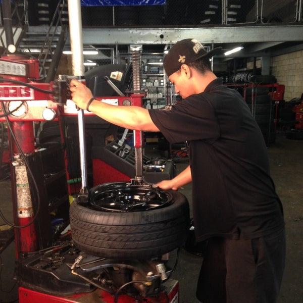 Lex Bro S Tire Brake Service Company Automotive Shop In Ala Moana Kakaako