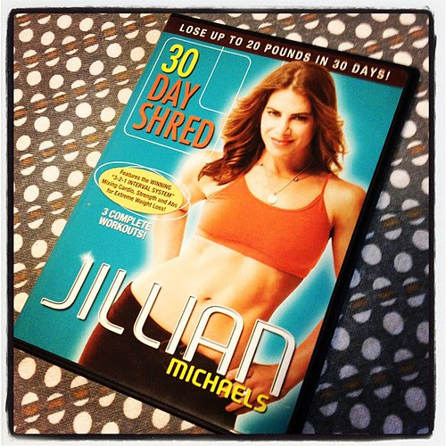 I remember when I used to do @jillianmichaels 30 Day Shred religiously back in 2009. It was fun busting it out again tonight to mix things up.