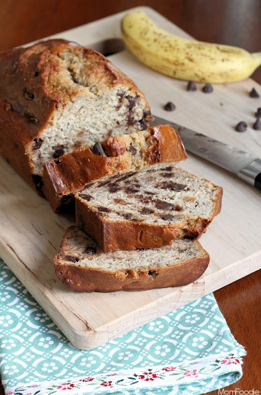 Chocolate Chip Banana Bread Recipe - Mom Foodie