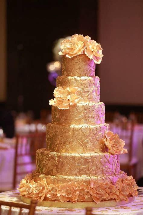 Sri Lankan Wedding   Large gold cake   My Sri Lankan