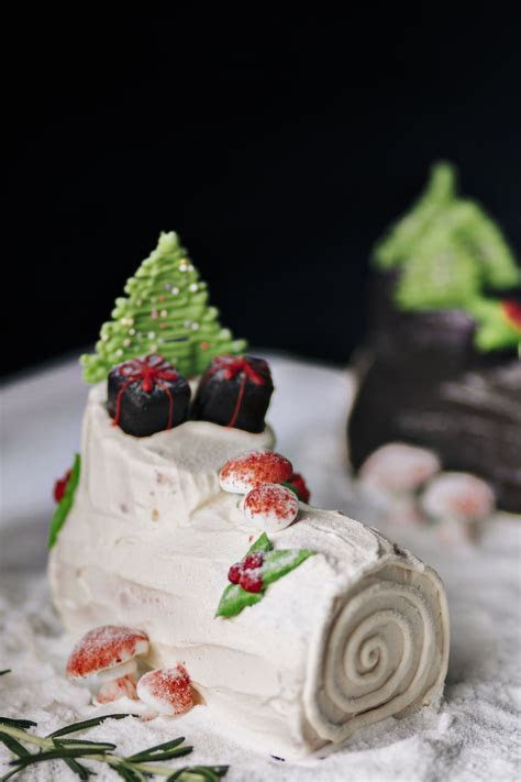 History of the Delicious Buche de Noel and How it is Made