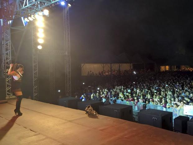 Anitta em Ilhabela (Foto: Divulgação/ Prefeitura de Ilhabela)