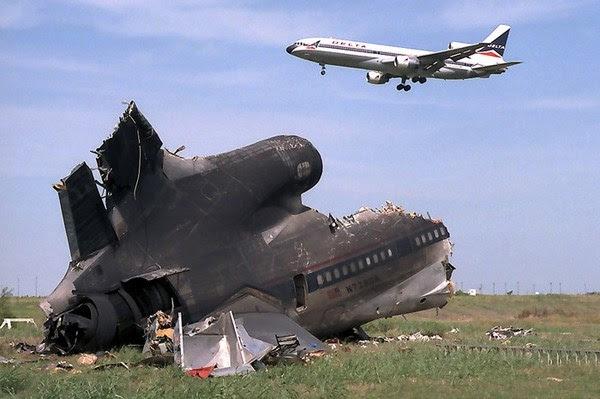 0 c4b4a a4eb8bac orig mysterious plane crash