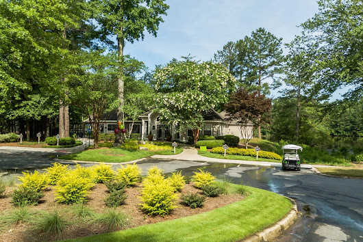 Your Apartment Plants-Grove Parkview Apartments in Stone Mountain GA