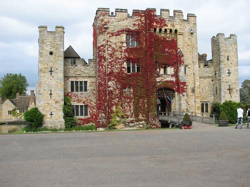 Hever Castle & Grounds, Sept 09