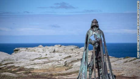 Palace unearthed at King Arthur's fabled birthplace - CNN Video