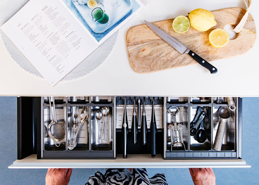 How to Organize Kitchen Cabinets and Drawers for Good