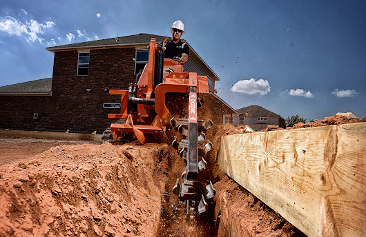 Ditch Witch | ST37X Stand-On Trencher