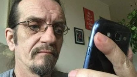 CRTC bans cellphone unlocking fees, orders all new devices be unlocked