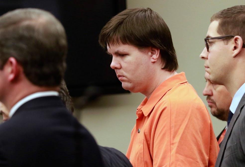Para Justiça, Justin Ross Harris, de 36 anos e nascido na Geórgia, deixou que o bebê de 22 meses morresse 'da forma mais horrível e inimaginável' (Foto: Bob Andres/Atlanta Journal-Constitution/AP)